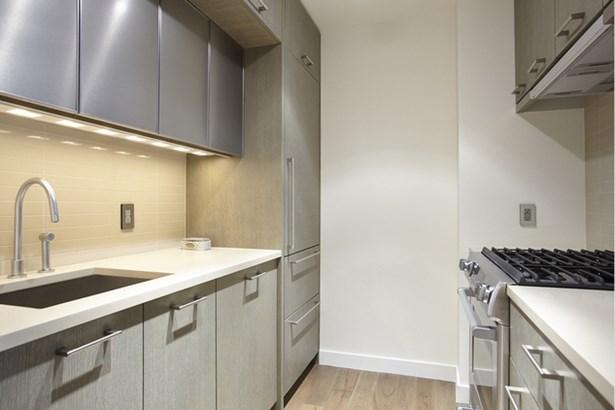 225 Rector Place 10e, New York, NY - USA (photo 2)