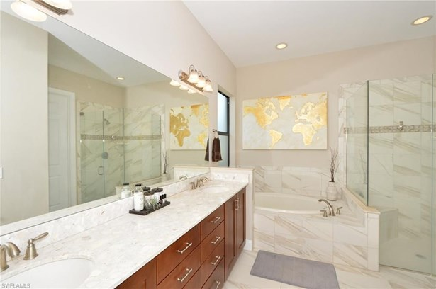 12475 Kentwood Ave, Fort Myers, FL - USA (photo 3)