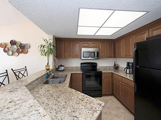 1321 Wildwood Lakes Blvd 30-4, Naples, FL - USA (photo 4)