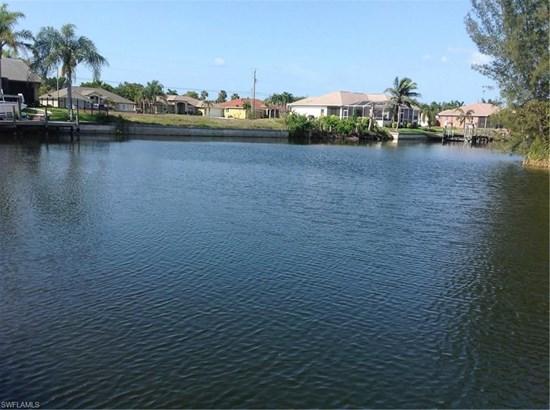 3428 25th Pl, Cape Coral, FL - USA (photo 4)