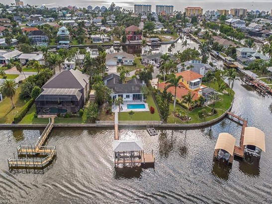 640 Randy Ln, Fort Myers Beach, FL - USA (photo 2)