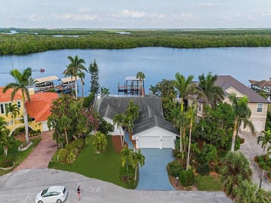640 Randy Ln, Fort Myers Beach, FL - USA (photo 3)