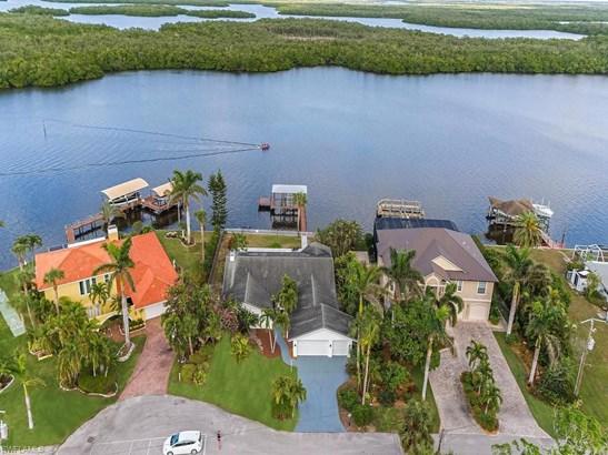 640 Randy Ln, Fort Myers Beach, FL - USA (photo 4)