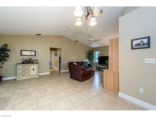 4132 Country Club Blvd, Cape Coral, FL - USA (photo 3)
