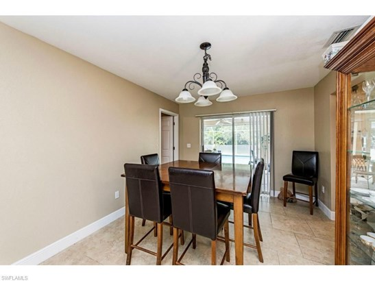 4132 Country Club Blvd, Cape Coral, FL - USA (photo 5)