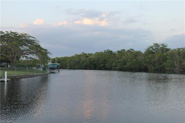 6738 Danah Ct, Fort Myers, FL - USA (photo 3)