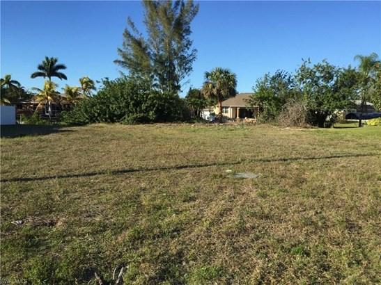 215 37th Ln, Cape Coral, FL - USA (photo 2)