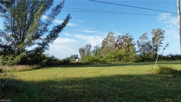 3704 10th St, Cape Coral, FL - USA (photo 2)