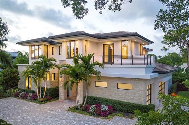 689 Banyan Blvd, Naples, FL - USA (photo 1)