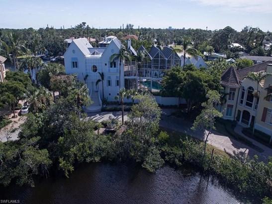 27481 Harbor Cove Ct, Bonita Springs, FL - USA (photo 3)