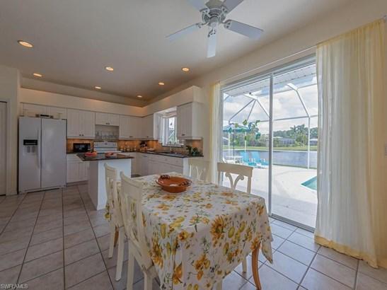 9071 Cedar Creek Dr, Bonita Springs, FL - USA (photo 5)