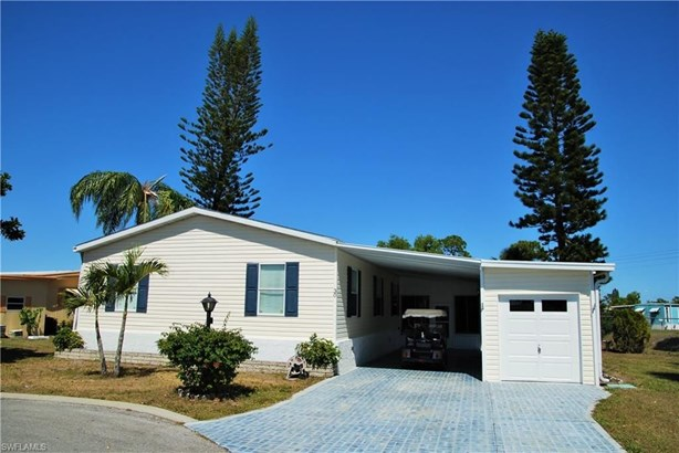 30 Casper Ct, North Fort Myers, FL - USA (photo 2)