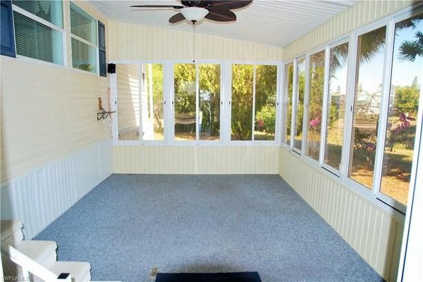 30 Casper Ct, North Fort Myers, FL - USA (photo 4)