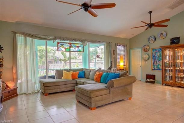 812 14th Pl, Cape Coral, FL - USA (photo 2)