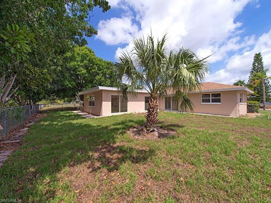 1412 30th St, Cape Coral, FL - USA (photo 3)