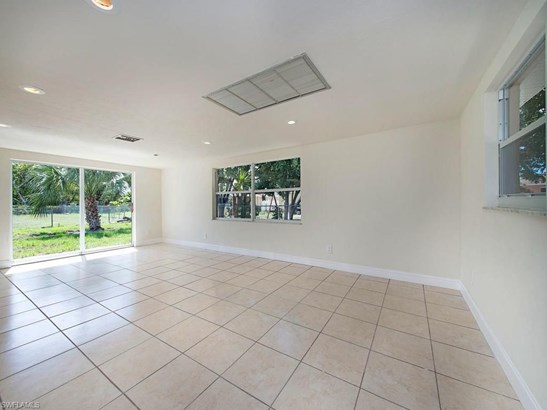 1412 30th St, Cape Coral, FL - USA (photo 5)