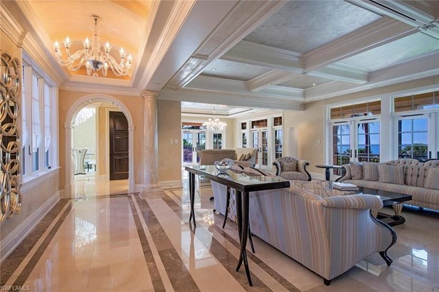 7621 Bay Colony Dr, Naples, FL - USA (photo 4)