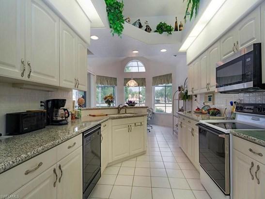 13841 Tonbridge Ct, Bonita Springs, FL - USA (photo 3)