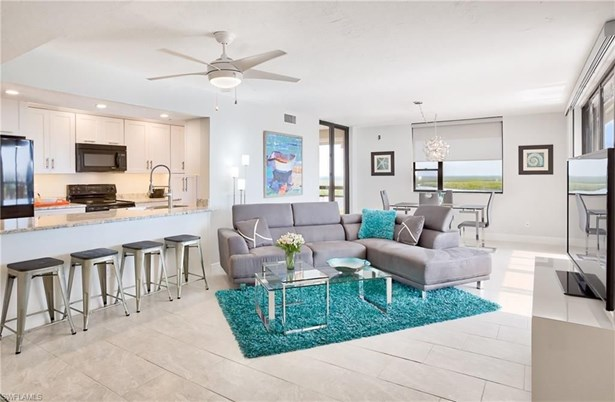 18120 San Carlos Blvd Ph 1, Fort Myers Beach, FL - USA (photo 2)