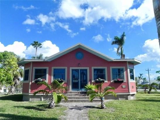 202 Storter Ave, Everglades City, FL - USA (photo 1)