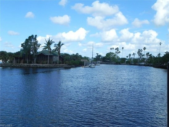 202 Storter Ave, Everglades City, FL - USA (photo 4)