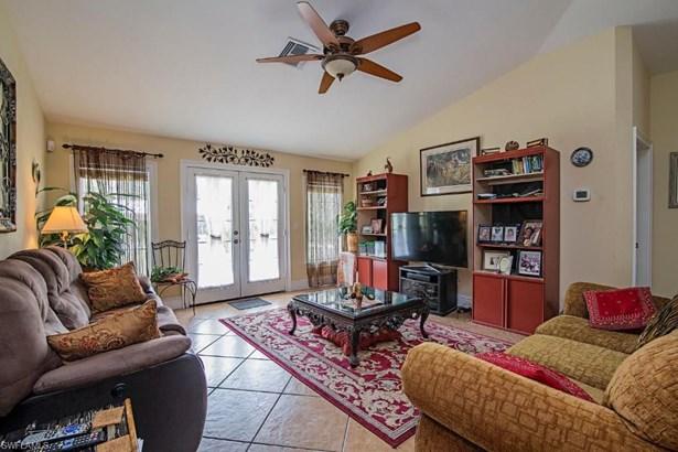 2344 Ne 60th Ave, Naples, FL - USA (photo 5)