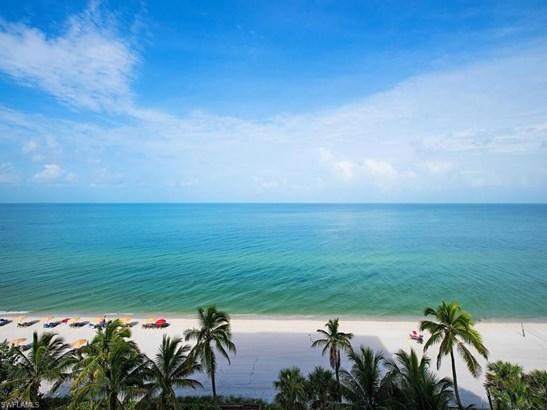 9235 Gulf Shore Dr 702, Naples, FL - USA (photo 1)