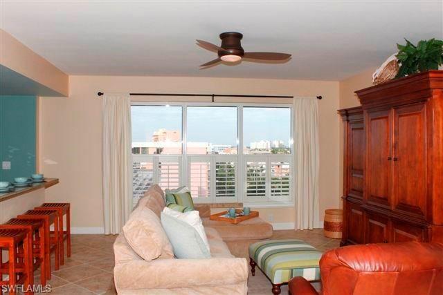 9235 Gulf Shore Dr 702, Naples, FL - USA (photo 5)