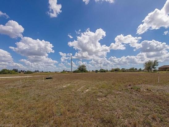 2226 5th Pl, Cape Coral, FL - USA (photo 3)