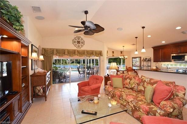 19555 Casa Bendita Ct, Estero, FL - USA (photo 3)