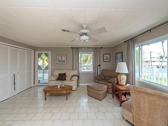 576 Coconut Ave, Goodland, FL - USA (photo 4)