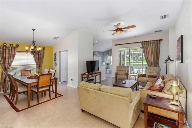 2481 Belleville Ct, Cape Coral, FL - USA (photo 3)