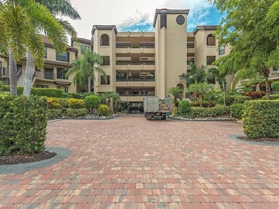 423 La Peninsula Blvd 423, Naples, FL - USA (photo 2)