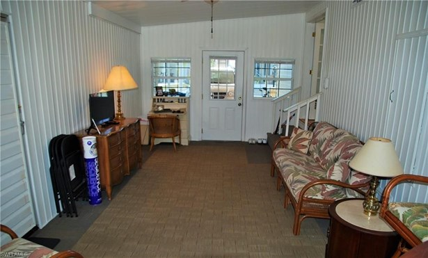 435 Snead Dr, North Fort Myers, FL - USA (photo 4)