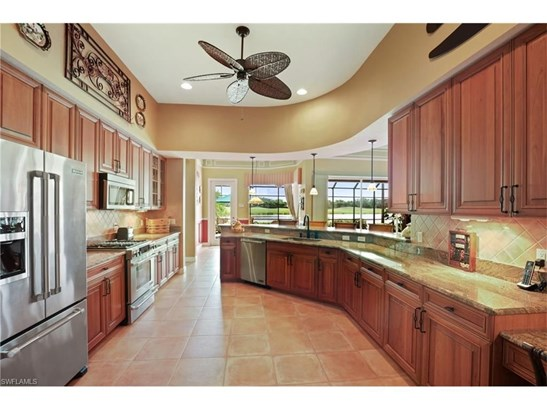 22401 Glenview Ln, Estero, FL - USA (photo 2)