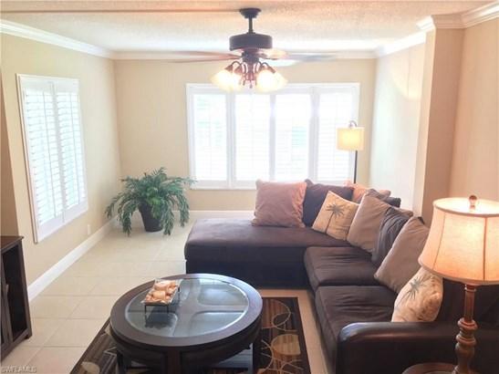 2264 Winkler Ave 202, Fort Myers, FL - USA (photo 2)