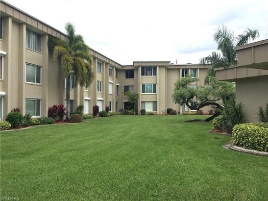 2264 Winkler Ave 202, Fort Myers, FL - USA (photo 3)