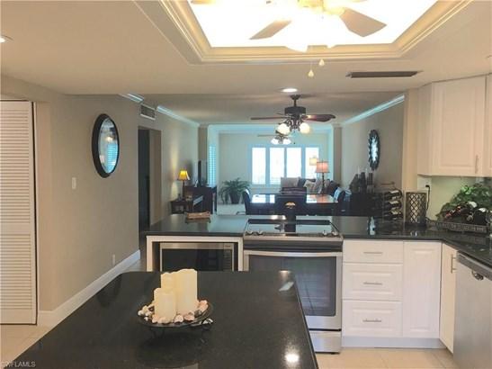 2264 Winkler Ave 202, Fort Myers, FL - USA (photo 4)