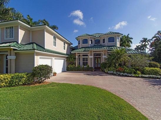 450 W Palm Cir, Naples, FL - USA (photo 1)