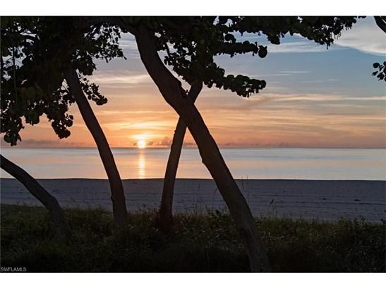 158 Beach Dr, Marco Island, FL - USA (photo 1)