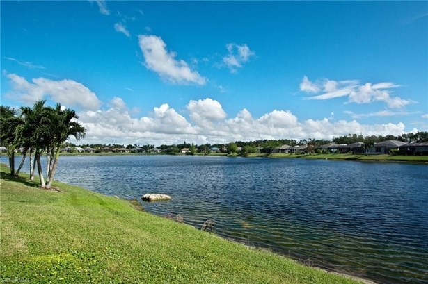 750 Crossfield Cir, Naples, FL - USA (photo 2)