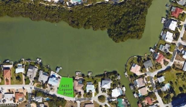 8425 Lagoon Rd, Fort Myers Beach, FL - USA (photo 1)