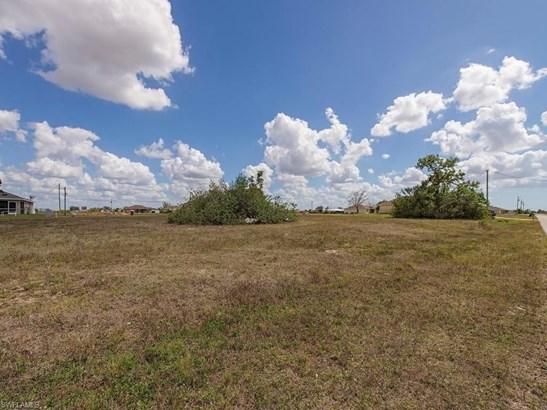 2219 8th Pl, Cape Coral, FL - USA (photo 3)