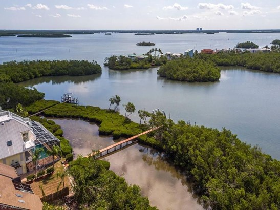 21533 Indian Bayou Dr, Fort Myers Beach, FL - USA (photo 1)