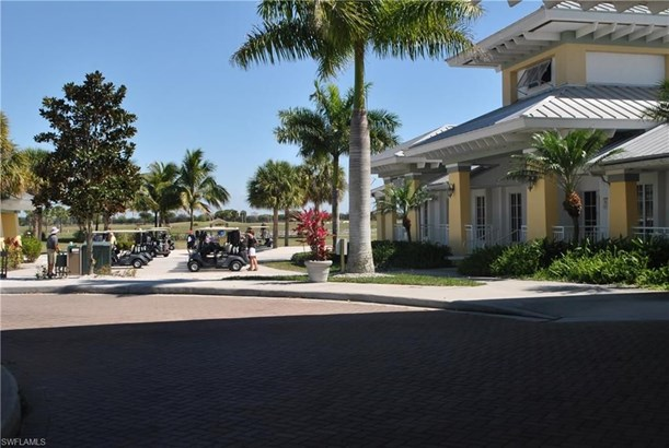 18031 Bluewater Dr, Naples, FL - USA (photo 5)