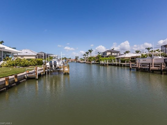 692 Cameo Ct, Marco Island, FL - USA (photo 1)