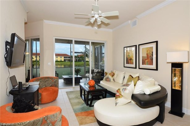 5600 Chelsey Ln 103, Fort Myers, FL - USA (photo 4)