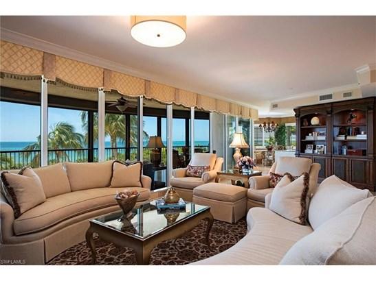 8665 Bay Colony Dr 404, Naples, FL - USA (photo 2)