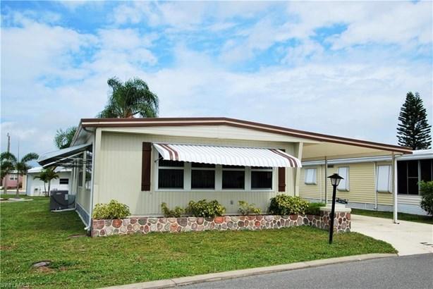 529 Palmer Blvd, North Fort Myers, FL - USA (photo 2)