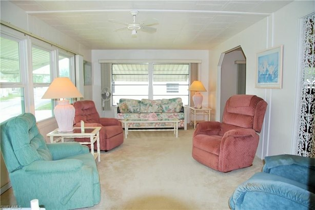 529 Palmer Blvd, North Fort Myers, FL - USA (photo 4)
